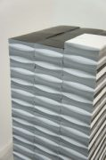 Rumiko Hagiwara, Thousand of space between black and white, 2011, 1000 copies of the flip book – From Space between serie